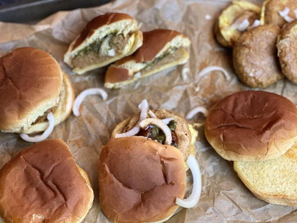 construct the bun kababs